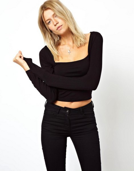 black long sleeve cropped square neck top with skinny jeans