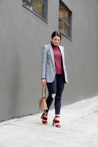 grey boyfriend blazer with grey turtleneck form fitting sweater
