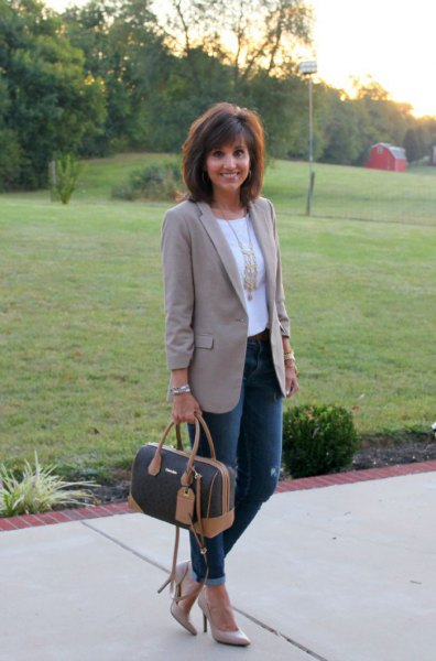 grey boyfriend blazer with white tee and gold statement necklace