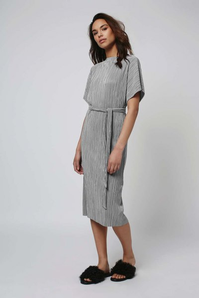 grey tie waist midi pleated dress with faux fur slide sandals