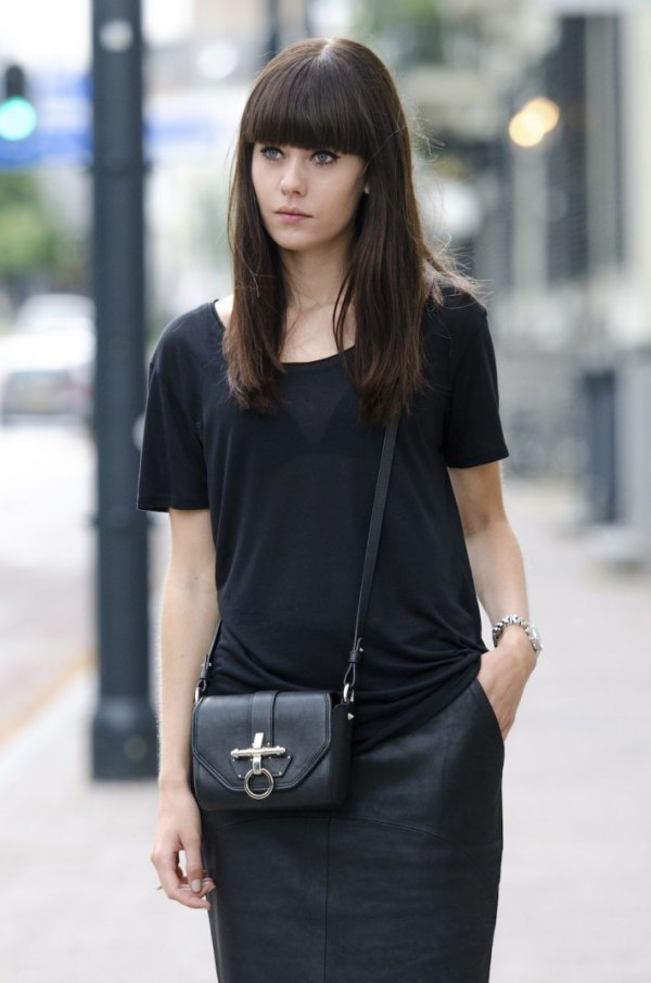 ac5ad929 How to Wear Black T Shirt: 15 Simple & Attractive Outfits for Ladies. best black  t shirt outfit ideas for women