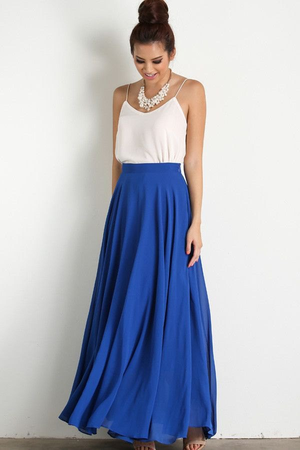 6ad39eef5c5c How to Wear Blue Maxi Skirt  15 Best Outfit Ideas - FMag.com