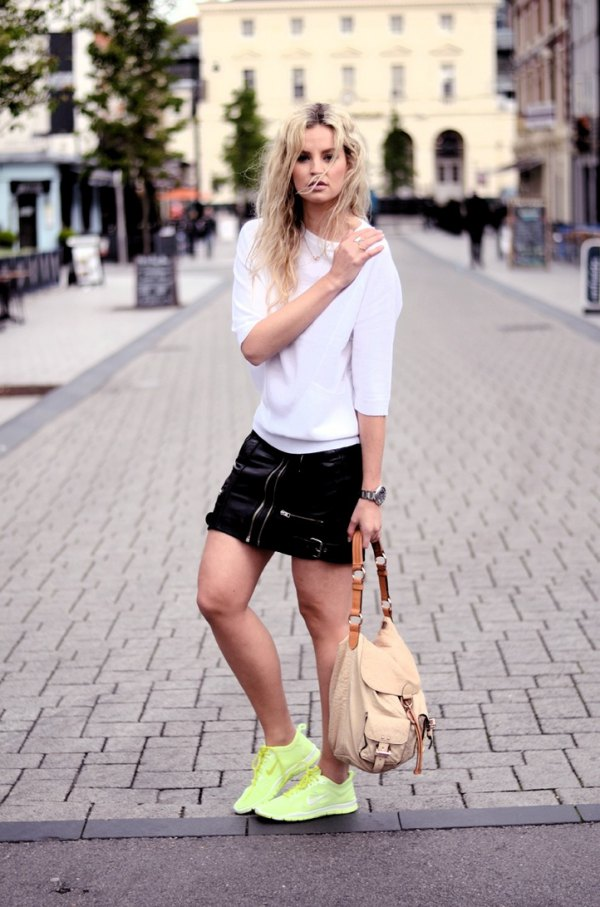 best yellow sneakers outfit ideas for women