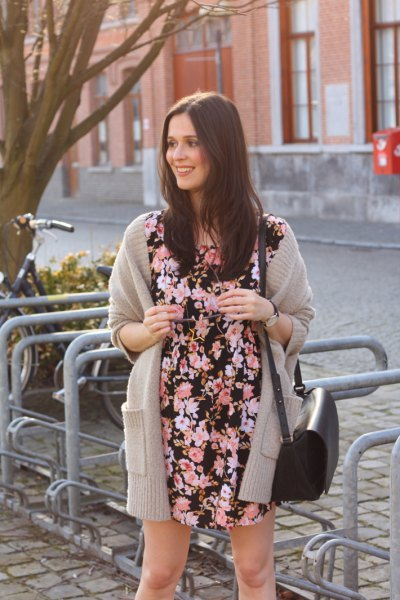 black and white floral printed mini dress with grey long cardigan