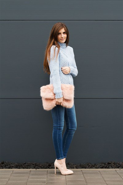 blue turtleneck cable knit chunky sweater with blue skinny jeans