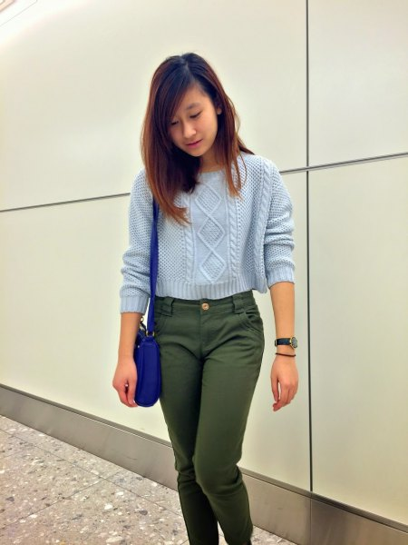 cropped cable knit sweater with green chinos
