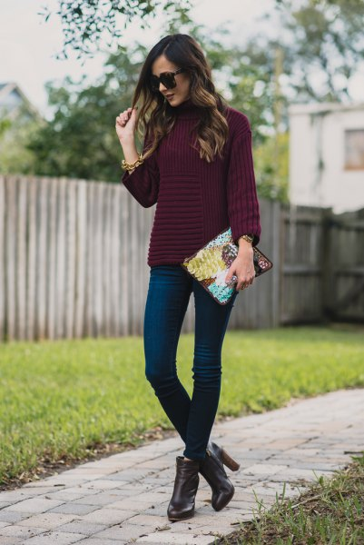 dark purple mock neck sweater with skinny jeans