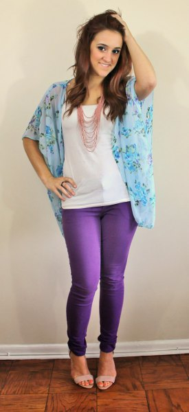 floral wide sleeve chiffon blouse with skinny jeans and sandals