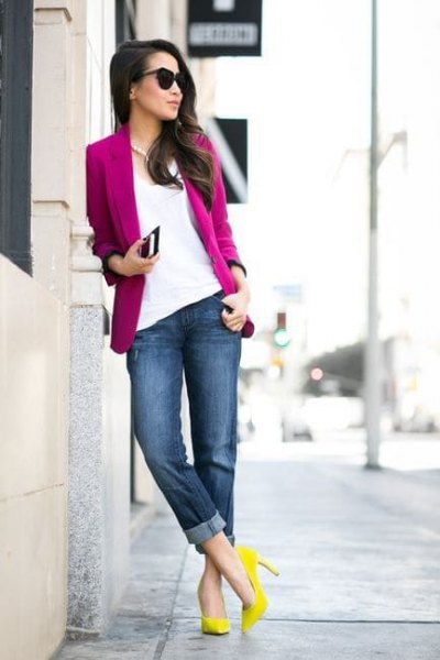 hot pink blazer with white blouse and yellow heels