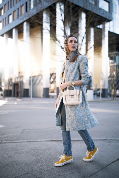 light grey longline wool coat with skinny jeans