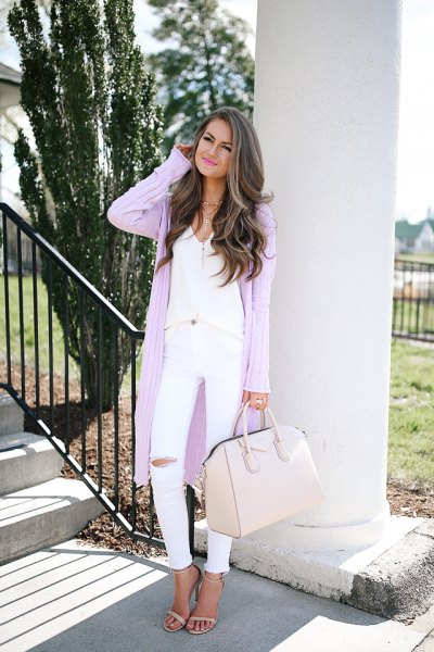 long ribbed light purple cardigan with white skinny jeans