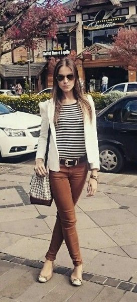 striped tee with white blazer and brown jeans
