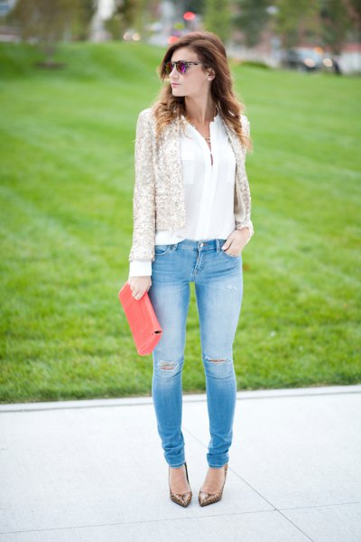 white chiffon blouse and light blue skinny jeans