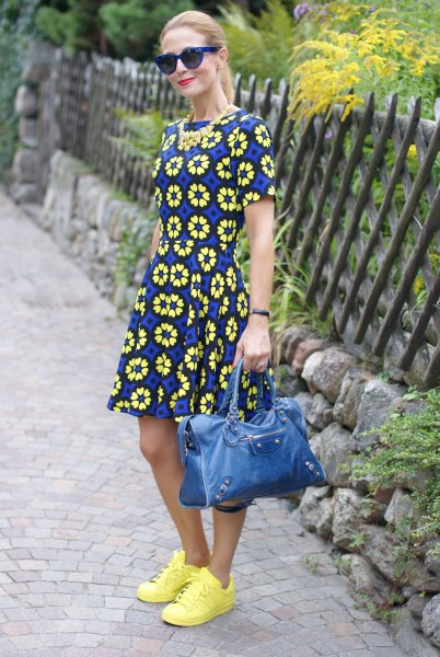 yellow blue and black short sleeve mini skater dress