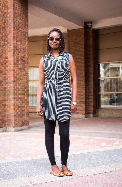 black and white striped sleeveless long shirt with leggings