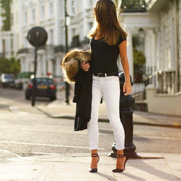black t shirt with ankle skinny white jeans and faux fur jacket