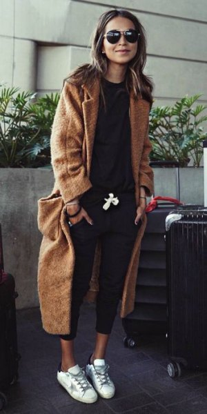 brown maxi length wool travel blazer with black sweatshirt and cropped jeans