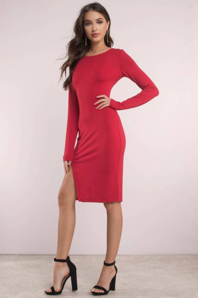 long sleeve bodycon knee length slit dress with black heels