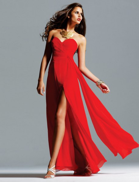 red sweetheart neckline maxi flowy dress