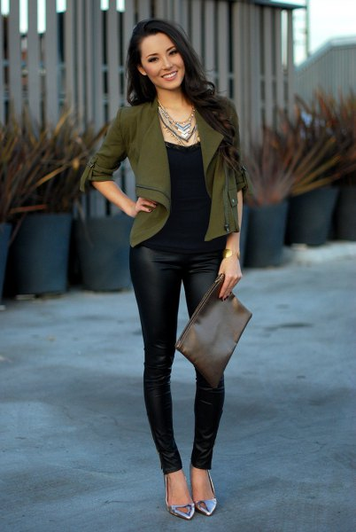short fitted blazer with black leather leggings