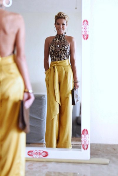 How To Wear Mustard Pants 13 Cheerful Amp Stylish Outfits