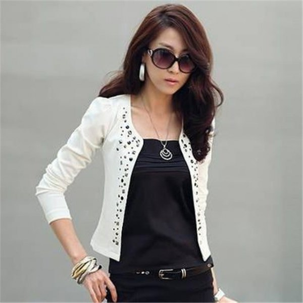 white floral pattern cutout cotton blazer with black outfit