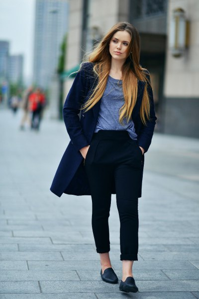 grey scoop neck t shirt with navy blue long wool coat and black leather loafers