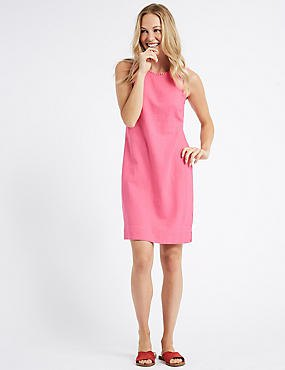 hot pink sleeveless tunic dress with brown slide sandals