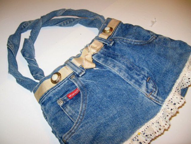 mini denim shorts turned into cute tote bag
