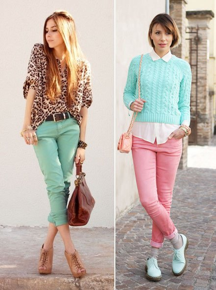 sky blue cable knit cropped sweater with white shirt and pink jeans