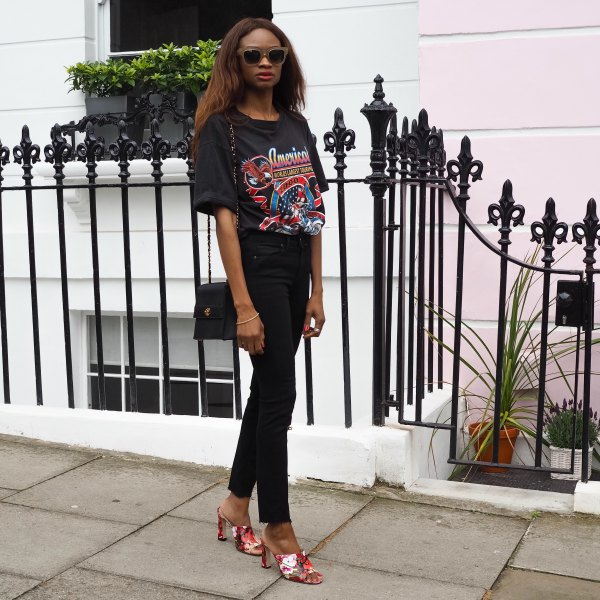 oversized print tee with black ankle slim fit jeans
