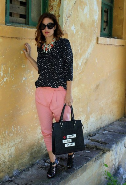 black and white polka dot blouse with blush pink cropped pants