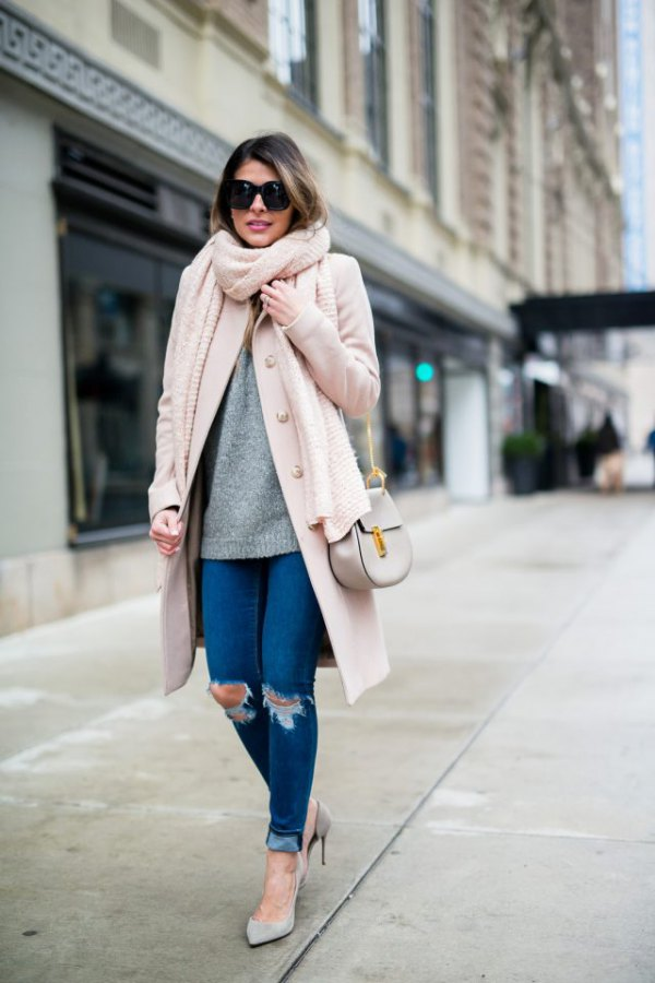 best pink scarf outfit ideas for women