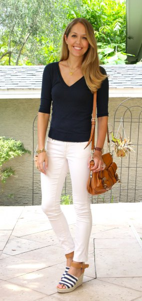 black v neck half sleeve tee with off white ankle jeans