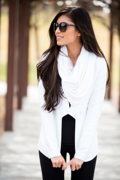 black with white infinity scarf and black high waisted skinny jeans