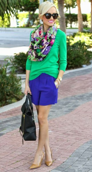 blush pink pullover sweater with royal blue mini shorts