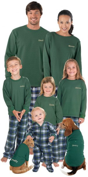 green long sleeve t shirt with plaid pants