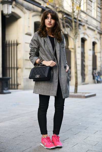 grey tweed longline blazer with dark skinny jeans and pink walking tennis shoes