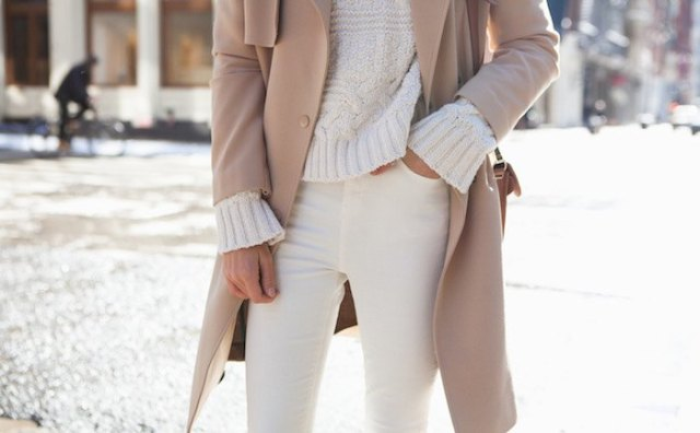 ivory chunky sweater with blush coat and off white jeans