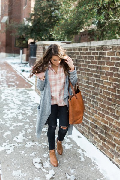 pink and white plaid shirt with grey longline cardigan and ripped jeans