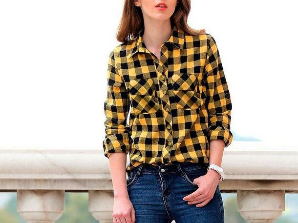yellow and black plaid shirt with dark blue skinny jean