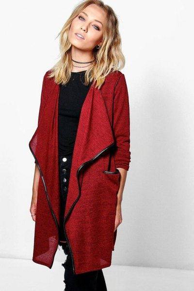 long red linen cardigan with black crew neck tee and skinny jeans