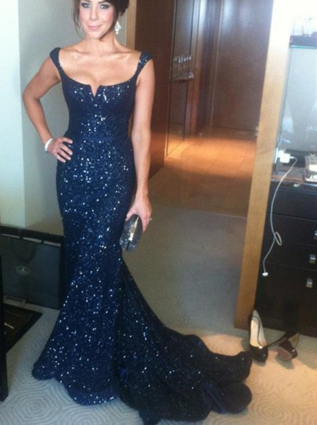 midnight blue sweetheart neckline flowy floor length dress