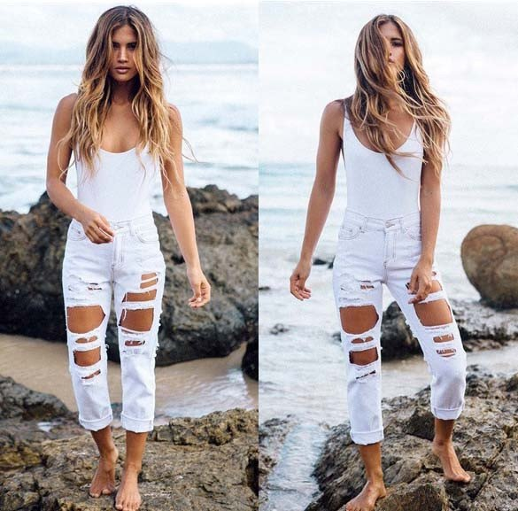 tank top with ripped white mom jeans