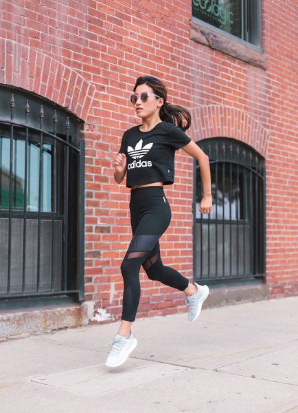 black and white cropped t shirt with semi sheer fitness leggings