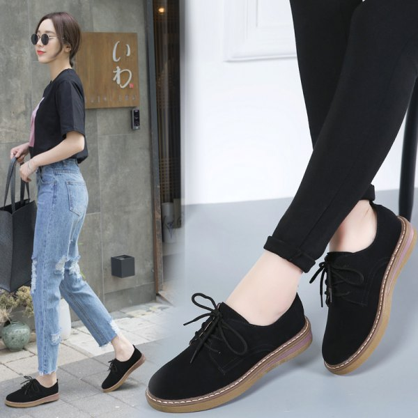 black tee with mom jeans and suede dress shoes