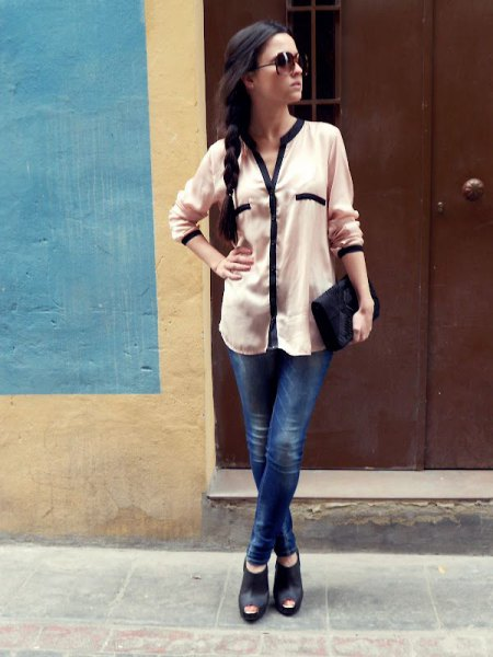 white chiffon button up blouse with dark blue jeans and open toe bootie heels