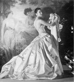 1955 dorian leigh - patou