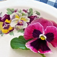 Pansies and a Topsy-Turvy Banana Crunch Cake