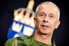 4. General Sverker GöransonDen mest självklara platsen på listan går till svenska ÖB. Tack vare honom talar vi idag on en-veckasförsvaret som kommer 2019 om IO2014 nånsin upptas. ÖB avslöjade det som var klart för försvarsvänner, men dolt för den vanliga medborgaren bakom ett skynke av skön(m)åleri. Hederligt, rakrryggat och trogen värdegrund samt uppdag. Foto: Fredrik Persson/Scanpix